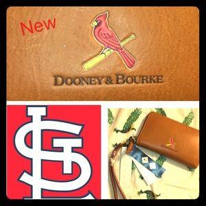NWT Dooney & Bourke STL Cardinals Baseball clutch